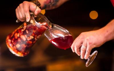 Mitos sobre la sangría: es solo para turistas